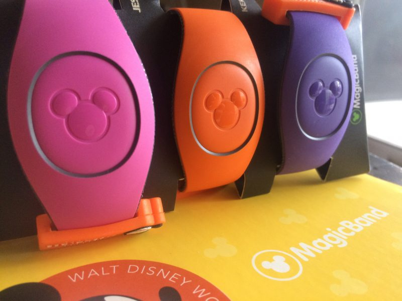 Quick, Disney MagicBand Hack For A Perfect Fit
