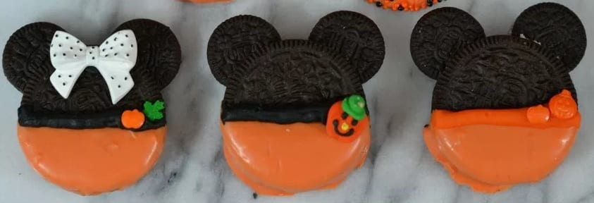 By using oreo cookies, these adorable Mickey and Minnie cookies make for a simple and fun Halloween treat!