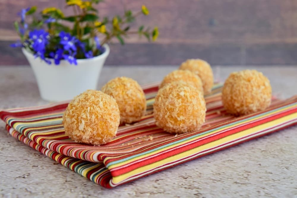 These Moroccan Turkey Couscous Balls make me want to buy an air-fryer TODAY!