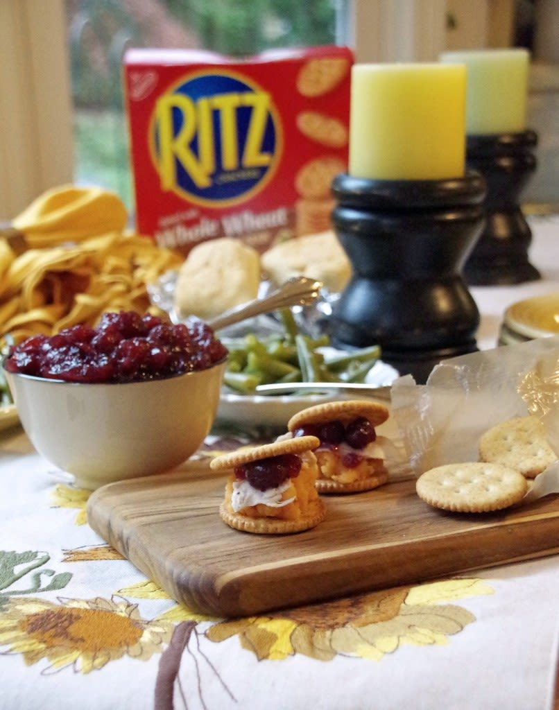 Turn your leftovers into a fun holiday lunchable with these super cute Turkey and Sweet Potato Ritzwitch sandwiches from www.suburbia-unwrapped.com