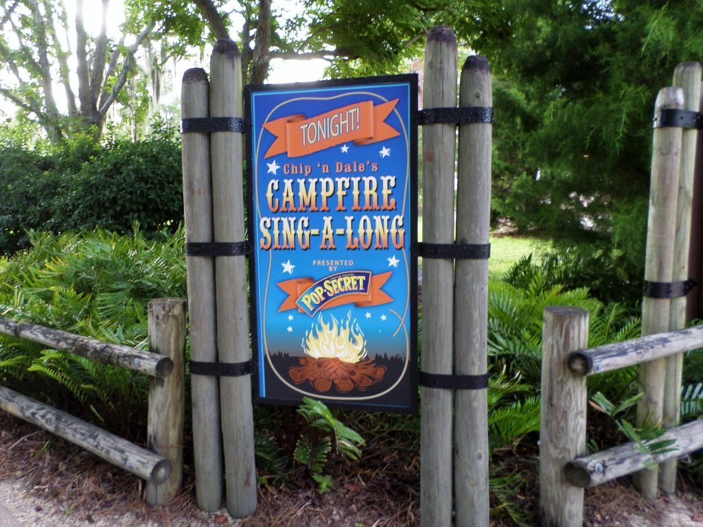 Where To Find A Free Disney Character Experience at WDW