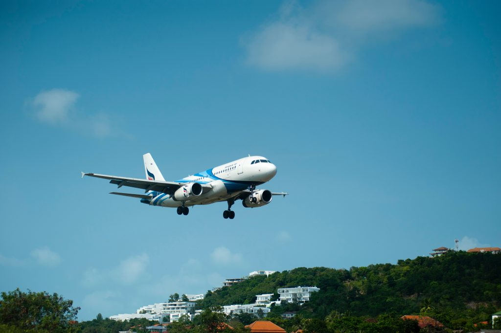 Taking disconnected flights can help save money on airfare.