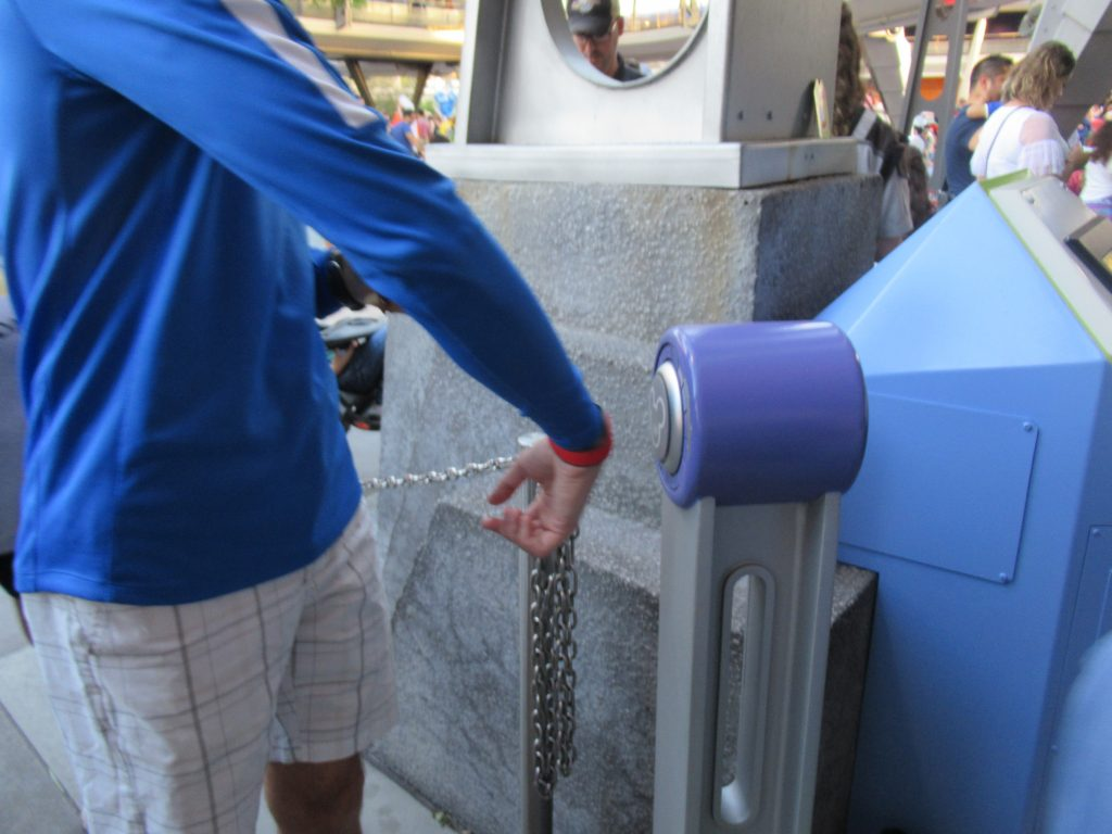 As long as your MagicBand is correctly linked to your My Disney Experience account, you will be able to automatically redeem your pre-reserved FastPasses by scanning your band at the FastPass+ entrance to the attraction.
