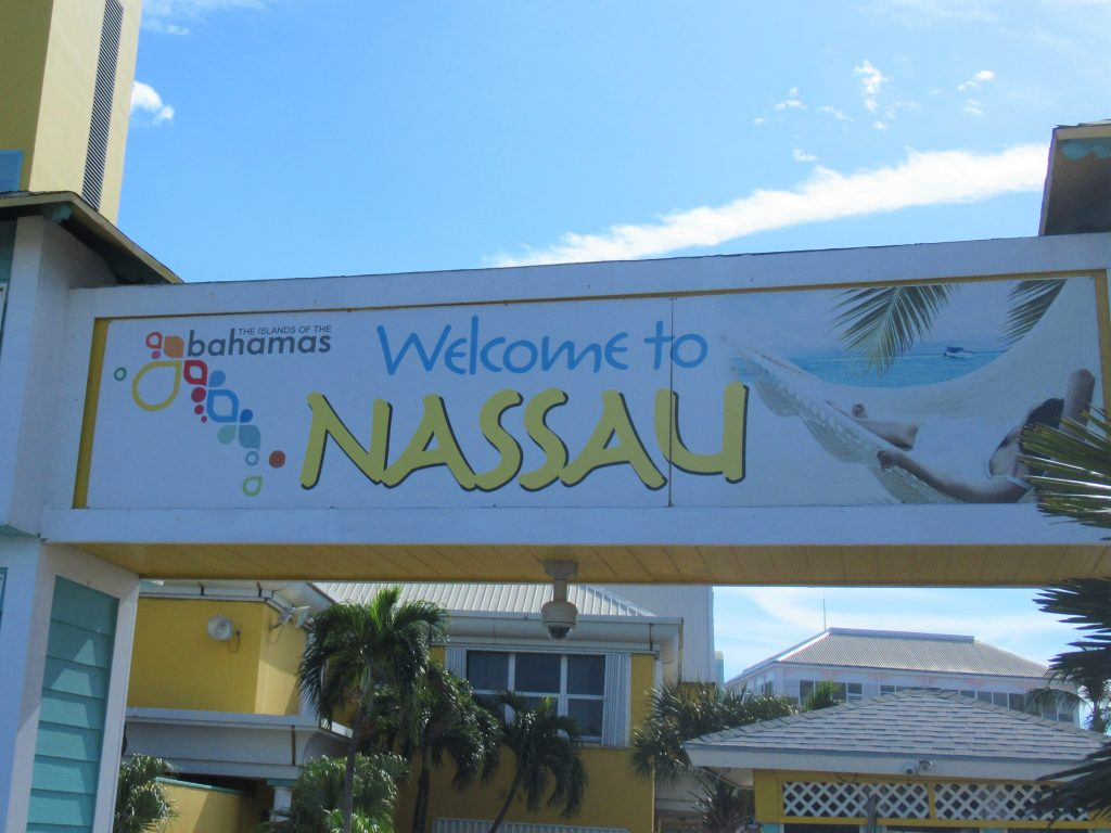 If you find yourself with just 8 hours or so on the island, here are some of the best things to in Nassau that don't require a costly excursion.