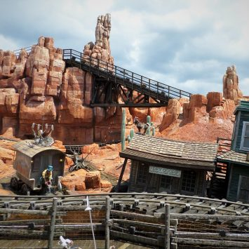 10 Disney Rides You Don't Want To Miss